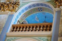 L'intérieur du monastère d'église catholique Images libres de droits