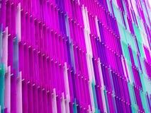 L'intérieur en plastique acrylique sept de feuille rayent et colorent le bleu magenta Photo stock