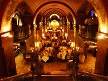 L'intérieur luxueux du restaurant exclusif au centre de Berne images libres de droits