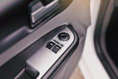 L'intérieur moderne de voiture détaille le plan rapproché image libre de droits