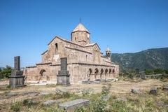 L'interno con l'altare della chiesa del vergine benedetto Immagini Stock Libere da Diritti