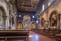 L'interno del Chiesa di Ognissanti è una chiesa a Firenze Immagine Stock