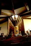 L'interno della chiesa al villaggio di Camacha nelle montagne sopra Funchal è un centro del salice di tessitura Fotografie Stock