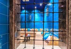 L'interno turco del hamam della stazione termale di anima con la regolazione orientale autentica comoda trasforma il passatempo o Immagini Stock
