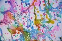 L'inverno accende la pittura viva dell'acquerello della cera rosa verde blu grigia dell'oro, tonalità variopinte Fotografie Stock Libere da Diritti