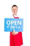 L'ipermercato, il supermercato o il deposito aprono 24 7 Fotografia Stock