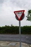 l'irlande Signes de route rendement Photographie stock libre de droits