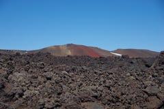 L'Islande dans le cratère de la lave a refroidi le noir photographie stock libre de droits