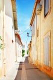 L'Isle-sur-Ла-Sorgue, Франция, Провансаль стоковые фотографии rf