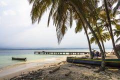 L'isola dei Caraibi piccola d'esplorazione, San Blas Islands Immagini Stock Libere da Diritti