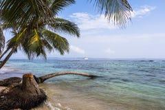 L'isola dei Caraibi piccola d'esplorazione, San Blas Islands Fotografia Stock Libera da Diritti