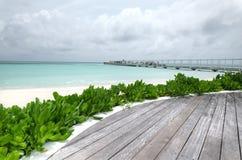 L'isola di vacanze alle Maldive Immagini Stock