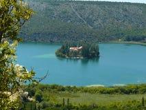 L'isola di Visovac. Fotografia Stock Libera da Diritti
