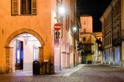 L'Italia alba, via Cavour alla notte fotografia stock