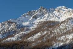 L'Italia, Cervinia, montagne innevate Fotografia Stock Libera da Diritti