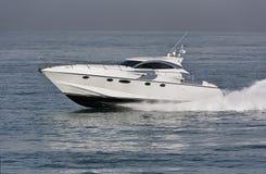 L'Italia, mare di Tirrenian, yacht di lusso Rizzardi 45 ' Fotografia Stock Libera da Diritti