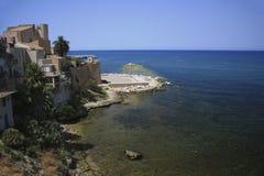 L'Italia, Sicilia, villaggio di Castellamare del Golfo Fotografia Stock Libera da Diritti