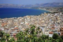 L'Italia, Sicilia, villaggio di Castellamare del Golfo Fotografia Stock