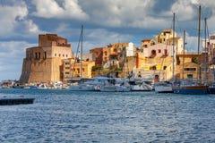 L'Italia sicily Castellammare del Golfo immagini stock