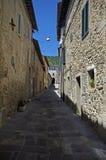 L'Italia, Toscano, villaggio antico Fotografia Stock