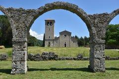 L'Italia, un paese fra la religione e la natura immagine stock libera da diritti