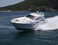 l'Italie, compartiment de Circeo (Rome), yacht de luxe photographie stock libre de droits