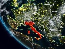 L'Italie la nuit de l'espace illustration libre de droits