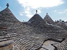 L'Italie, le Pouilles, l'Alberobello et son trulli photo stock