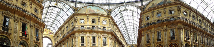 l'Italie - Milan - rampe Vittorio Emmanuele II Photographie stock
