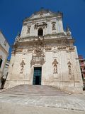 L'Italie, Pouilles, Tarente, franca de Martina, vue de basilique de St Martin dans la place de Plebiscito image stock