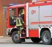 L'Italie, service informatique, Italie - 10 mai 2018 : sapeurs-pompiers italiens avec l'unif images stock