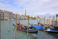 l'Italie Venise Vue de ville Station de gondoles Photographie stock libre de droits