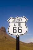L'itinerario storico 66 firma dentro l'Arizona Immagini Stock