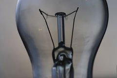L'électricité de concept d'ampoule Photographie stock