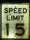 L?mite de velocidad 15 fotografía de archivo libre de regalías