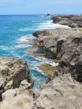 L?nea rocosa de punto de Leie, una atracci?n tur?stica popular de la costa en la orilla del norte de Oahu, Hawaii fotografía de archivo