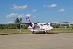 让L-410 NG Turbolet 图库摄影