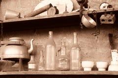 l'objet de vintage sur l'étagère aiment l'insecticide Image libre de droits