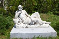 L'objet exposé représentant une sculpture en antiquité de plâtre photo stock