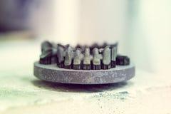 L'objet a imprimé sur l'imprimante en métal 3d après synterization de traitement thermique Photo libre de droits