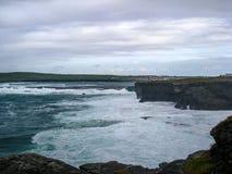 L'Océan Atlantique de ébullition, à l'ouest de l'Irlande images stock