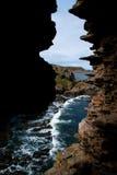 l'Océan Atlantique par des fissures Photographie stock