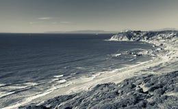 L'Oceano Atlantico di estate Foto monocromatica Immagine Stock