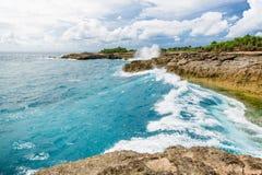 L'oceano e l'onda del turchese Fotografia Stock