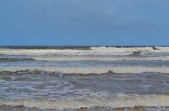 L'Oceano Indiano ondeggia lo Sri Lanka Immagine Stock Libera da Diritti
