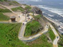 L'oceano Pacifico dal parco di Yitzhak Rabin in Miraflores Fotografia Stock