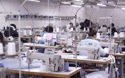 L'officina della fabbrica dell'abbigliamento in Cina Fotografie Stock