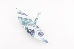 L'oiseau d'Origami effectué à partir du billet de banque du dollar Image libre de droits
