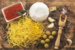 L'olio d'oliva è un prodotto naturale Fotografia Stock
