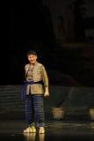 L'opéra de Jiangxi de la jeunesse de nationalité de Han une balance Images stock